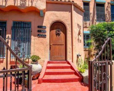 5315 W 8th St, Los Angeles, CA 90036 3 Bedroom Apartment