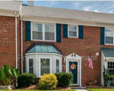 211 Resolution Dr #1, Yorktown, VA 23692 2 Bedroom House