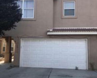 728 Mesa Del Rio St Nw, Albuquerque, NM 87121 3 Bedroom Apartment