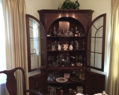 Newport News Estates Sale in Lovely Home
