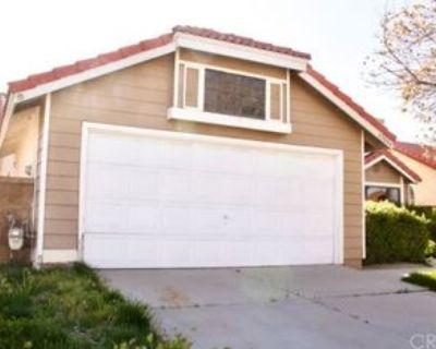 43044 11th St E, Lancaster, CA 93535 3 Bedroom House