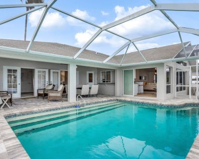 Modern, Waterfront Home with Private Pool, & High-Speed WiFi - Snowbird-Friendly - Pelican