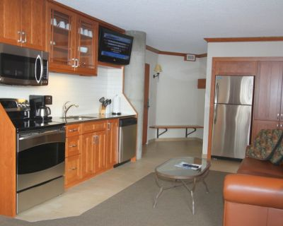 2 Bedroom, 3 bath, Private Hot tub, Sleeps 10, Full Condo, Snowbird Utah - Salt Lake Mountain Resorts