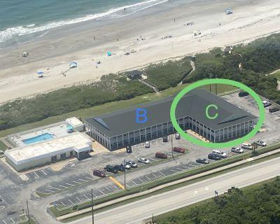 Atlantic Beach Beachside Studio Getaway_Kitchen_Pool is Open - Atlantic Beach