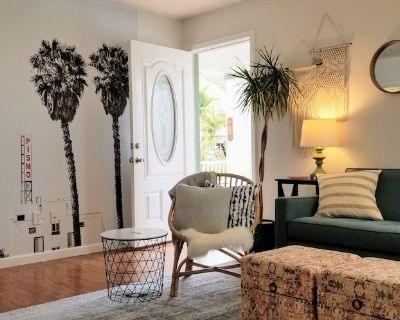 Charming 1940's Beach Cottage Perfect for Families or Couples - Pismo Beach
