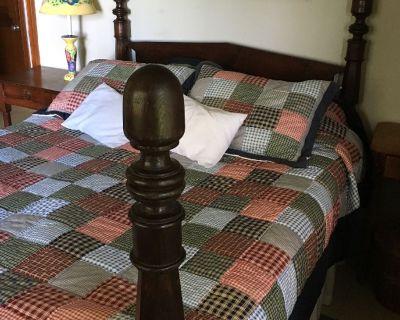Antique bed queen size