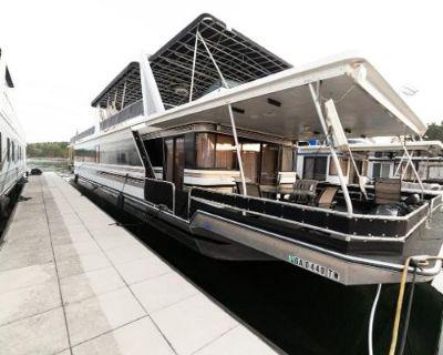 1996 Custom Houseboat