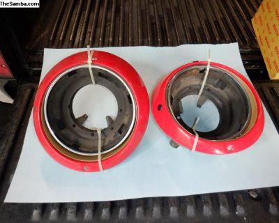 Porsche 911 headlight trim ring and housing
