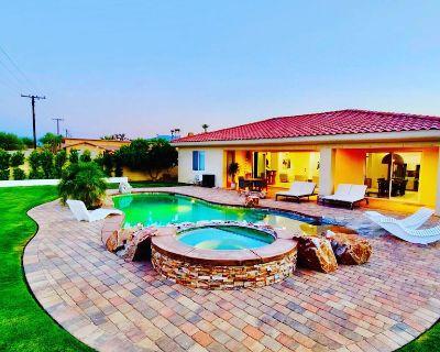 Casablanca Spa Pool Home - Bermuda Dunes