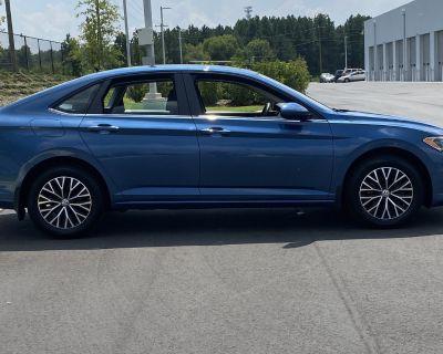 Pre-Owned 2019 Volkswagen Jetta SE