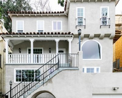 Modern Spanish Style Home in Silver Lake | Newly Renovated| Private Outdoor Patio | 1 Car Garage