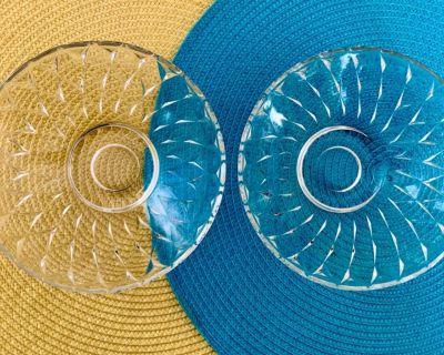 """($5 SALE) 2 Glass Serving Bowls - 6 1/2"""""""
