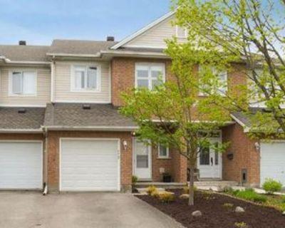 52 Sonata Place, Ottawa, ON K1G 6H2 3 Bedroom House