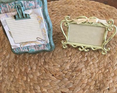 Set of two, One small frame and one minuature picture frame.