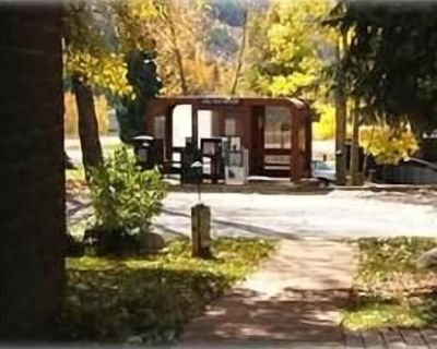 Well maintained condo 5 minutes to Vail Village! 2 bedroom, 2 bath - Vail