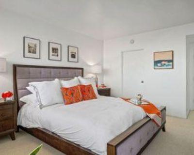 8787 Shoreham Dr, West Hollywood, CA 90069 1 Bedroom Condo