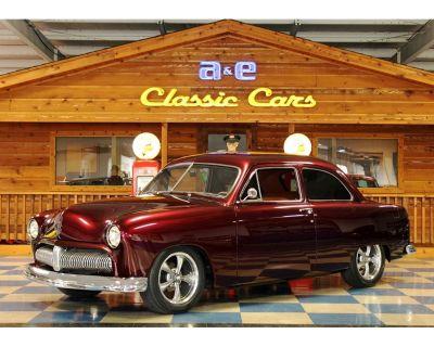 1951 Ford Sedan