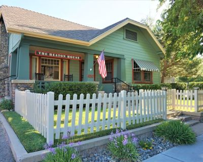 Charming Historic Craftsman Home in Heart of Paso Robles Wine Country - Paso Robles