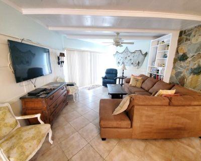 Island House B107, Ocean View, 2 Bedrooms, Pool, Tennis, Sleeps 6 - Butler Beach