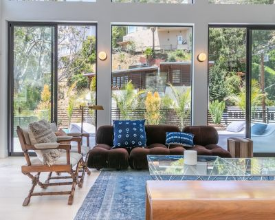 WeHo Staycation or Workcation Heated Pool & HotTub - Hollywood Hills West