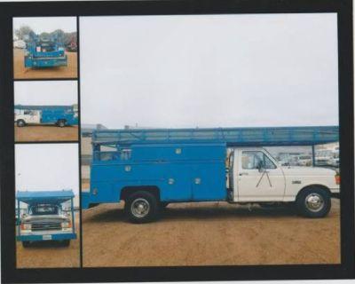 1 Ton Plumbing Truck w/Pipe Threader Machine - REDUCED PRICE