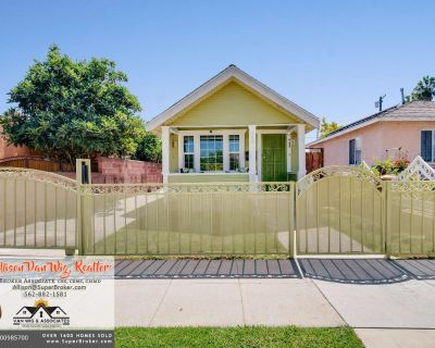 JUST LISTED! Classic California Bungalow