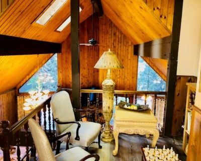 tree house/cabin in the woods family fun relax in our family retreat - Lake Arrowhead
