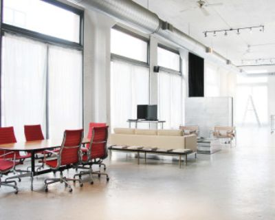 4800 Sq Ft Loft Style Event Space w/ Tons of Natural Light, Chicago, IL