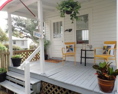 Historical guest house featured on HGTV's Beachfront Bargain Hunt Renovation! - Morehead City