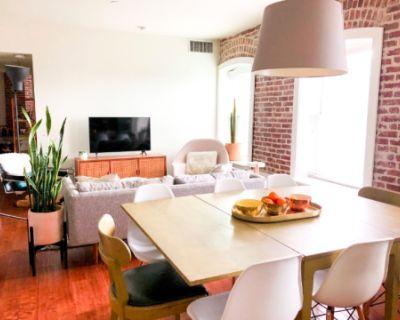2 BR Exposed brick loft space in Echo Park/ Angelino Heights, Los Angeles, CA
