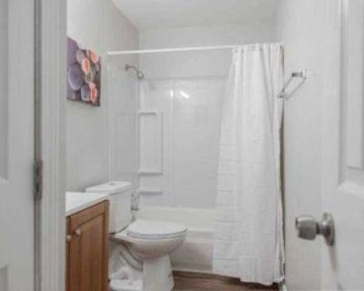 Room for Rent - a 5 minute walk to bus 178, Atlanta, GA 30354 1 Bedroom House