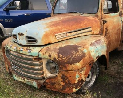1949 Ford Panel Wagon Rat Rod, has a S10 Sub frame