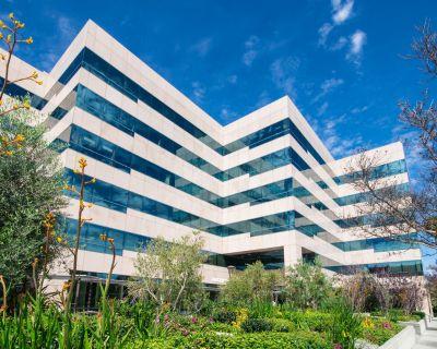 Office all inclusive at 16501 Ventura Blvd