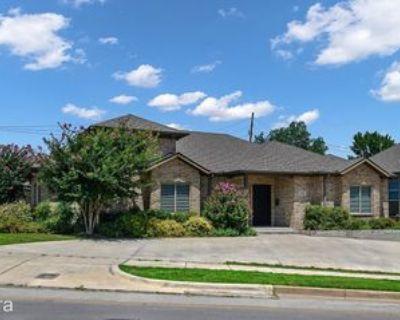 2840 Forest Park Blvd, Fort Worth, TX 76110 6 Bedroom House