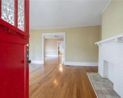 330 Peachtree Ave Ne, Atlanta, GA 30305 3 Bedroom House