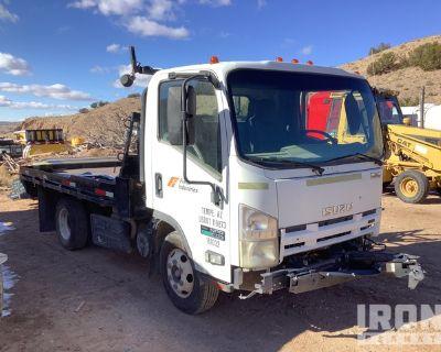 2011 Isuzu NPR 4x2 S/A Flatbed Truck