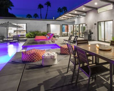 Palms at Park Featured in Dwell 5 Bedrooms & All En Suite Baths Best in Palm Springs - Palm Springs