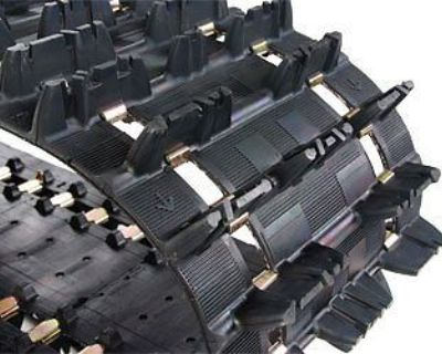 "Camoplast 9112c Camoplast Ripsaw 1.5 Track (9112c) 15x121 2.52"" Pitch"