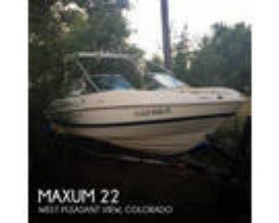 22 foot Maxum 22