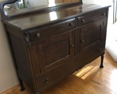 Gorgeous antique buffet. Drawers not bowed. Will deliver to Winkler or Steinbeck