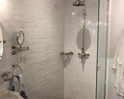 Tile-Flooring-Bathroom Remodels-Showers-Kitchens