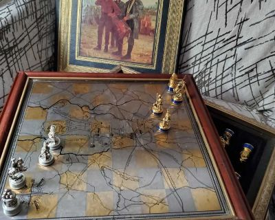 Vintage Civil War Chess Set