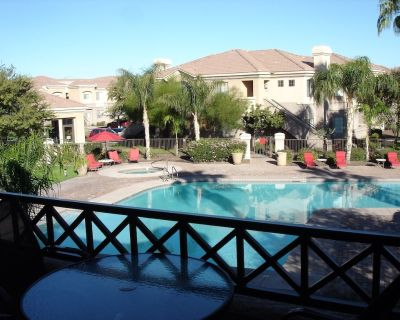 3 Bedroom Condo in a well-located, gated, resort-like complex - Mesa