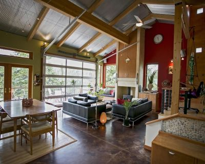 Towering Pines - Mountain Modern Nederland Retreat - Gilpin County
