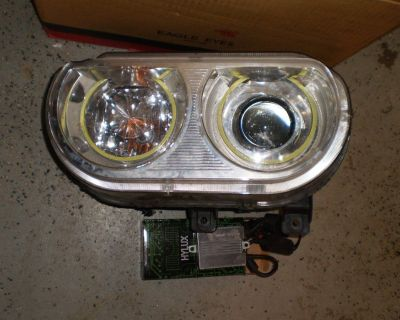 2008-2014 Dodge Challenger SE R/T Headlights RH & LH Pair Set HEMI LIGHTS