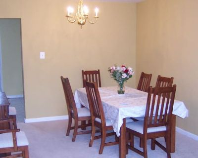 Private room with own bathroom - Vienna , VA 22181