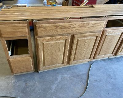 Cabinets Lazy Susan, Bases & Uppers -Used