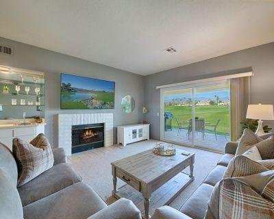 Sensational Golf Course & Mountain Views - Palm Desert