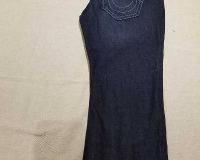 Size 44/32 Mens True Religion Boot Cut Jeans in Very Good Condition with white stitching