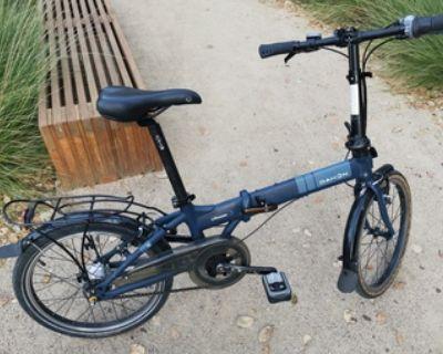 Almost new Dahon folding bike
